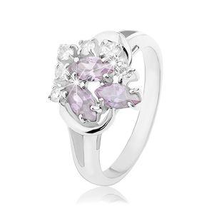 Blýskavý prsten s rozdvojenými rameny, světle fialová zrnka, čiré zirkonky - Velikost: 54