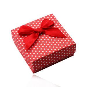 Červená dárková krabička na prsteny, náušnice nebo přívěsek, bílé tečky, mašlička