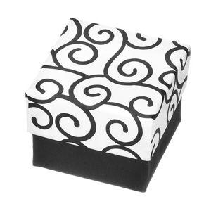 Dárková krabička na prsten - černo-bílá kostka s ornamenty