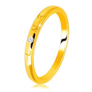 """Diamantový prsten ve žlutém 14K zlatě - nápis """"LOVE"""" s briliantem, hladký povrch, 1,5 mm - Velikost: 58"""
