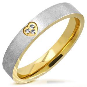 Dvoubarevný prsten z oceli - matný pás, srdíčkový výřez se zirkony, 4 mm - Velikost: 57