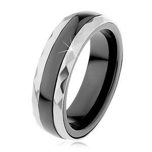 Keramický prsten černé barvy, broušené ocelové pásy ve stříbrném odstínu - Velikost: 57