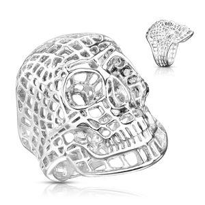 Masivní ocelový prsten ve stříbrném odstínu, síťovaná lebka - Velikost: 58