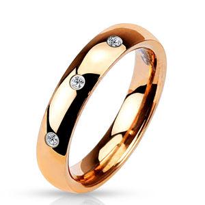 Ocelový prsten růžovozlaté barvy - tři kulaté čiré zirkony, 4 mm - Velikost: 57