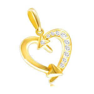 Přívěsek ve žlutém 9K zlatě - kontura srdce ozdobená šípy, čiré zirkony
