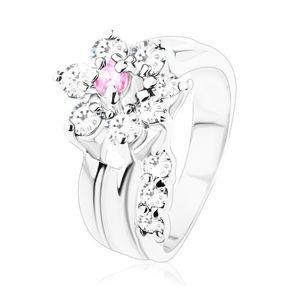 Prsten s hladkými rameny, zirkonový kvítek v růžovém a čirém odstínu - Velikost: 59