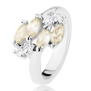 Prsten stříbrné barvy, žlutozelená zirkonová zrníčka, čiré zirkony - Velikost: 50