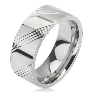 Prsten z chirurgické oceli - lesklá obroučka na prst, čtyři šikmé rýhy v úsecích - Velikost: 57