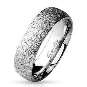Prsten z chirurgické oceli s pískovaným povrchem, stříbrná barva, 6 mm - Velikost: 57