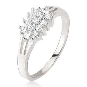 Prsten ze stříbra 925 - roztrojená ramena, okrouhlé čiré kamínky - Velikost: 52