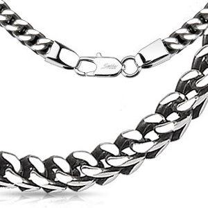 Řetízek z oceli ve stříbrné barvě - lesklá očka vytvářející hranatý tvar