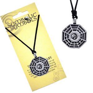 Šňůrkový náhrdelník - kovový přívěsek, trigramy a Jin Jang