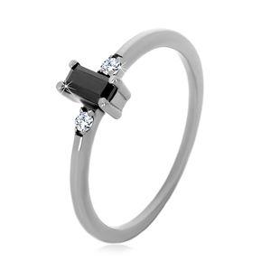 Stříbrný 925 prsten - obdélníkový zirkon černé barvy, čiré kulaté zirkony - Velikost: 51