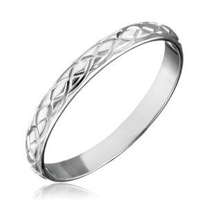 Stříbrný prsten 925 - propletané gravírované slzy - Velikost: 53
