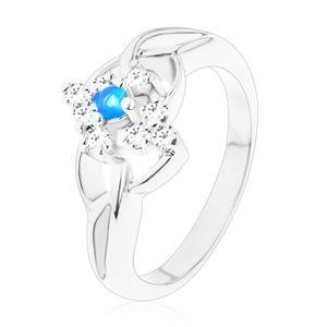 Třpytivý prsten s rozdělenými rameny, modrý zirkon v čirém kosočtverci - Velikost: 51