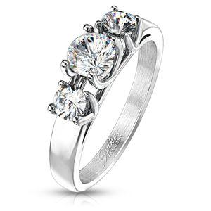 Zásnubní prsten - tři vsazené čiré zirkony - Velikost: 56
